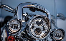 Harley-Davidson CVO Softail Deluxe motorcycle wallpapers 4K Ultra HD